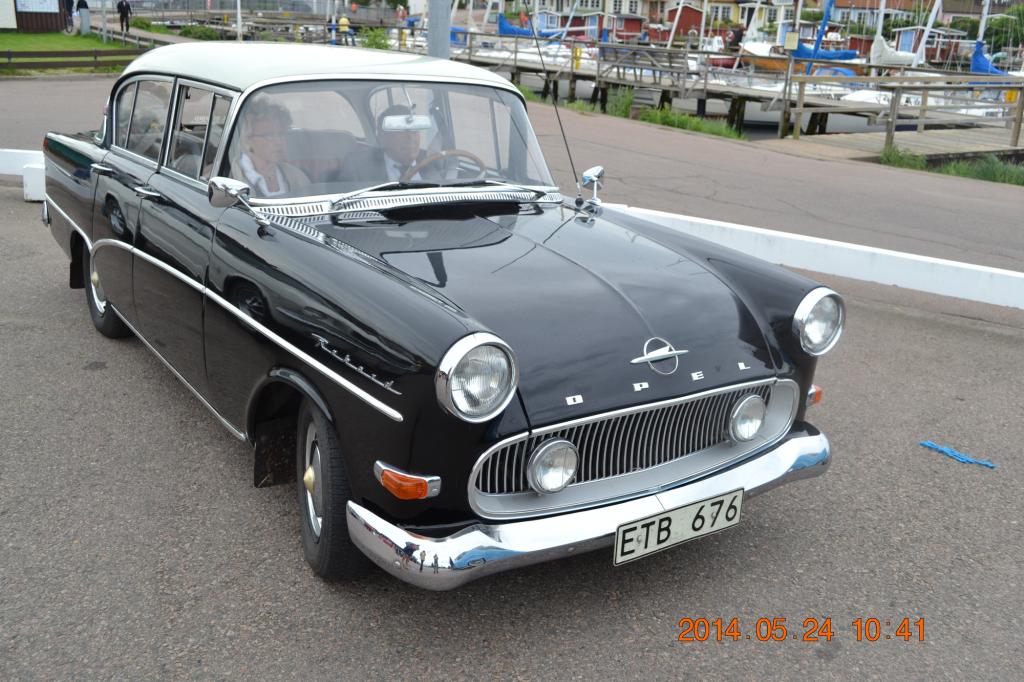 Opel Rekord.